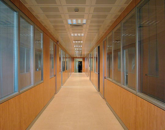 Srl progettazione ristrutturazione edilizia e for Aziende arredamento famose